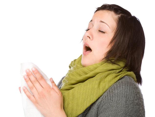 Почему человек чихает при простуде