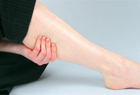 Как убрать отеки на ногах