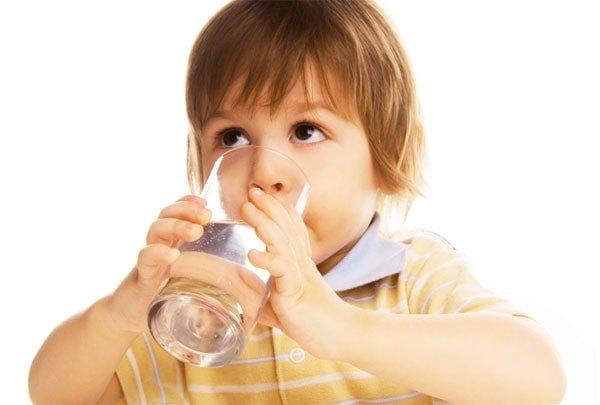 Обильное питье при повышенном ацетоне